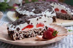 Wos zum Essn: Knusper-Puffreis-Erdbeer-Torte ohne backen [vegan]