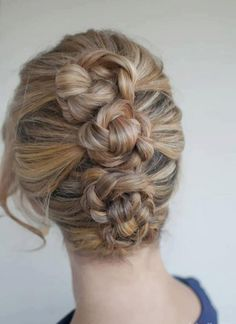Cool up-do. Going to try!!