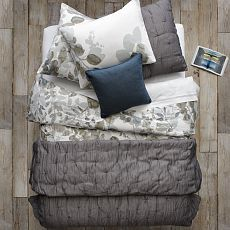 Layered Bed Looks - Leafy Layers