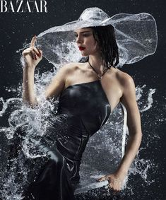 Kendall Jenner Like You've Never Seen Her Before Cara Delevingne shows us another side of Kendall Jenner, the world's most in-demand supermodel. Rain Fashion, Fashion Tape, Fashion Shoot, Editorial Fashion, Fashion Models, Woman Fashion, Kendall Jenner Interview, Kendall And Kylie Jenner, Kris Jenner