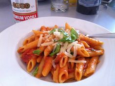 Penne alla Vodka - Michael K. Penne Alla Vodka, Pasta Salad, Ethnic Recipes, Food, Cooking, Crab Pasta Salad, Essen, Meals, Yemek