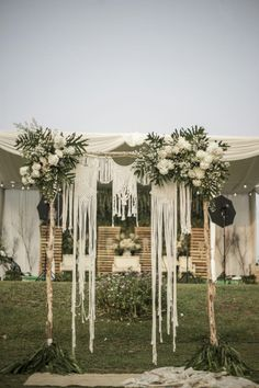 45 Affordable Boho Wedding Theme Design Ideas That You Need To Have Wedding Shoot, Boho Wedding, Rustic Wedding, Destination Wedding, Wedding Ideas, Wedding Theme Design, Wedding Pergola, Wedding Arch Flowers, Beautiful Flower Designs