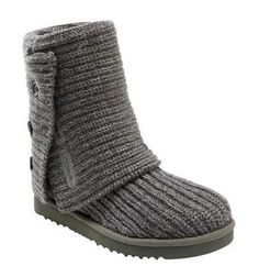 My all time favorite boot!  I wear it with jeans, to/from dance as when I pull the flap all the way up it acts as a leg warmer.  Looks great with skinny jeans. Love, Love, Love Them!