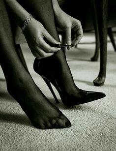 Just stunning shoes - flensburgpaar: . Sexy High Heels, High Heels Boots, Extreme High Heels, Beautiful High Heels, Hot Heels, High Heel Pumps, Pumps Heels, Heeled Boots, Stiletto Heels
