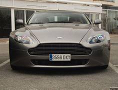 Aston Martin V8 Vantage.