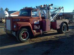 International (IHC) 9400 Wrecker | Heavy Duty Wreckers | Trucks