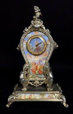 Louvre Antiques is a family owned and operated business for three generations internationally. Louvre Antiques always carries the finest high quality antiques, with an impeccable reputation. Mantel Clocks, Old Clocks, Antique Clocks, Large Vintage Wall Clocks, Classic Clocks, Wall Clock Online, Louvre, Grandfather Clock, Antique Watches