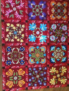 Aunt Millie's Garden Quilt.  Pieced, appliqued and quilted.  Class project taught by Karen Johnson at Fairfax Quilt Patch.