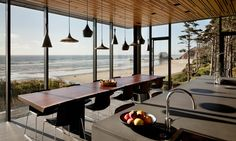 Coastal drift: secrets of an Oregon beach retreat