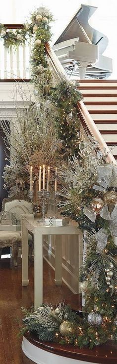 MERRY'S SILVER & GOLD CHRISTMAS SOIREE