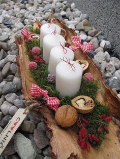15 Fabulous Christmas Candle Decoration Ideas to delight your Holiday Weihnach. - 15 Fabulous Christmas Candle Decoration Ideas to delight your Holiday Weihnachten - Christmas Advent Wreath, Christmas Candle Decorations, Advent Candles, Christmas Candles, Rustic Christmas, Simple Christmas, Christmas Holidays, Christmas Crafts, Diy Advent Wreath