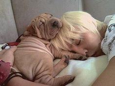 Gaho and Kwon Jiyong (G-Dragon, GD) sleeping. ^^