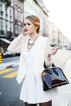 d60ab30c96 LV Shoulder Bags- Louis Vuitton Handbags New Collection to Have