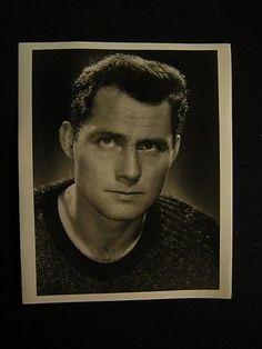 Robert Shaw VINTAGE Movie PHOTO 678D Robert Shaw, Movie Photo, Vintage Movies, Classic Hollywood, Handsome, Actresses, Actors, Movie Posters, Men