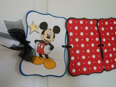 Minnie or Mickey Mouse Birthday 12 Month by ASweetCelebration Minnie Mouse Party Decorations, 1st Birthday Decorations, Birthday Ideas, Mickey Mouse 1st Birthday, Girl Birthday, 12 Month Photos, Photo Banner, Sunglasses Case, Snoopy