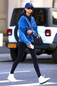 She is the daughter of supermodel Cindy Crawford. Vogue Fashion, Star Fashion, Daily Fashion, Everyday Fashion, Fashion Models, Fashion Outfits, 2000s Fashion, Fashion Sets, Boho Fashion