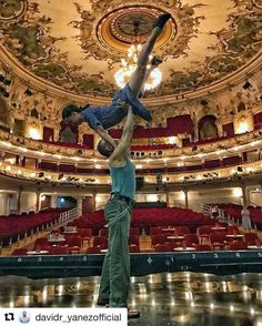 What a great shot! Theatres, Great Shots, Vienna, Behind The Scenes, Musicals, City, Instagram Posts, Eva Peron, History