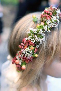 fleurisy:  (via J.Bailey Occasions: Image #165620: Style Me Pretty)