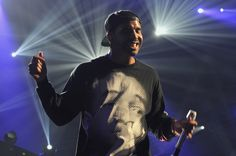 Drake performs onstage during the iHeartRadio Music Festival at the MGM Grand Garden Arena on September 21, 2013 in Las Vegas, Nevada.