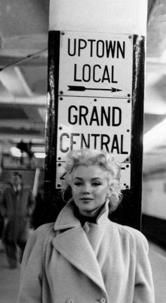 Marilyn Monroe photographed in New York City by Ed Feingersh, 1955.