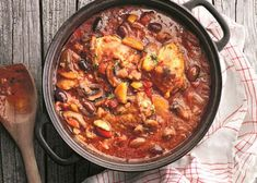 Tareq Taylors Cacciatore – recept | Allas Recept Tareq Taylor, Chefs, Food For The Gods, Cacciatore, Fall Dinner, Soups And Stews, Paella, Coco, Love Food