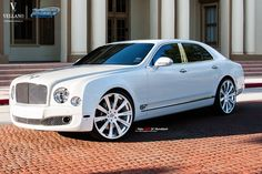 """Beautiful Bentley Mulsanne rolling on a set of  Vellano VM03 24"""" Monoblock   gorgeous ride on a set of luxurious Wheels, perfect combination What you guys think?"""