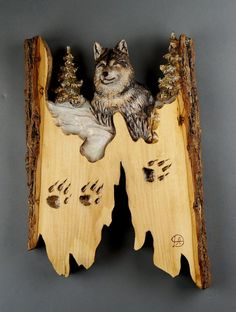 Christmas gift wooden Wolf carved on Bois du Tilleul, woodcarving, Art wall, for lovers of wolves Deco rustic, by Davydovart