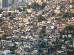 """Chega a oitava edição o encontro nacional da CUFA, dessa vez realizado em São Paulo, no Centro Cultural Rio Verde. Na sexta, 8, a partir das 13h, o encontro abre suas portas ao público com a exibição de painéis da CUFA Brasil e parceiros, e às 18h30, haverá o lançamento do documentário """"Favela Business"""". A entrada é Catraca Livre."""
