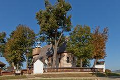 Blizne. Drewniany kościół z XV/XVI w. / Blizne. Wooden Roman Catholic Church…