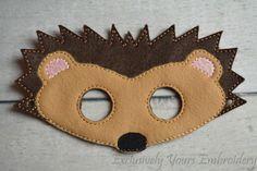 Hedgehog Children's Mask - Costume - Theater - Dress Up - Halloween - Face Mask - Pretend Play - Party Favor - Kinderschminken - Skin Care Halloween Face Mask, Halloween Masks, Costume Halloween, Animal Costumes, Diy Costumes, Animal Masks, Diy Mask, Mask For Kids, Felt Crafts