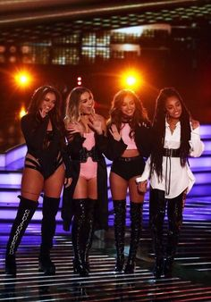 little mix, perrie edwards and jesy nelson image on We Heart It Little Mix Outfits, Little Mix Style, Little Mix Girls, Jesy Nelson, Perrie Edwards, Divas, Litte Mix, Mixed Girls, Girl Bands
