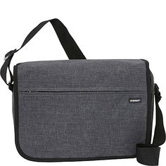 http://www.ebags.com/product/everest/deluxe-laptop-messenger/260577?productid=10262721