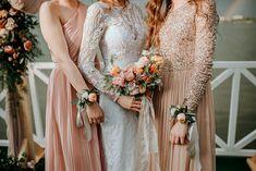 Bukiet i korsarze  Fotografia: Lens with soul Dekoracja: W roślinach Bridesmaid Dresses, Wedding Dresses, Big Day, Lace Wedding, Photo And Video, Instagram, Fashion, Fotografia, Bridesmade Dresses