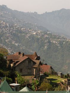 Darjeeling, India Beautiful Sites, Beautiful Places, Places To See, Places To Travel, Modern India, Asia, Amazing India, Darjeeling, West Bengal