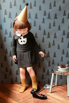 cute little girl. that dress is adorable ♡
