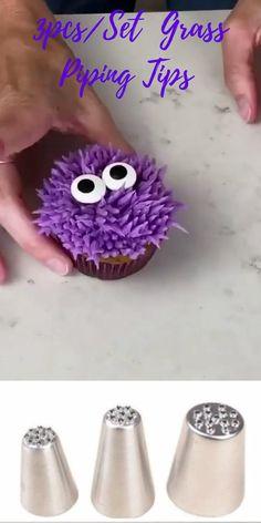 Halloween Food Crafts, Halloween Treats For Kids, Halloween Sweets, Halloween Baking, Halloween Cakes, Red Cupcakes, Birthday Cupcakes, Cupcake Cakes, Monster Cupcakes