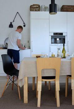 Kodin1, Elämäni koti, Vierasblogi Moderni puutalo, Sushi-illallisen rento kattaus #elamanikoti