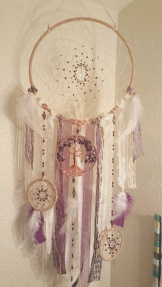Discover thousands of images about Tree Of Life Dream Catcher/Vintage/Wall by Dream Catcher Craft, Small Dream Catcher, Dream Catchers, Los Dreamcatchers, Sashay Yarn, Diy And Crafts, Arts And Crafts, Creation Deco, Boho Decor