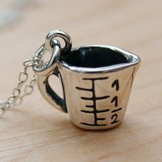 Measuring Cup Necklace - 925 Sterling Silver - Measuring Cup Food Charm Bake NEW Geek Jewelry, Unique Jewelry, Silver Bracelets, Charm Bracelets, Vintage Charm Bracelet, Measuring Cup, Love Charms, Lucky Charm, Silver Charms