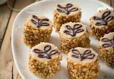Bild: Löwenzahn Verlag/Sonja Priller Xmas Cookies, Cake Cookies, Amazing Food Decoration, Baking Recipes, Cookie Recipes, Sweet Bakery, Sweet Desserts, Mini Cakes, Christmas Baking