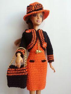 vêtement poupée mannequin Barbie (348)