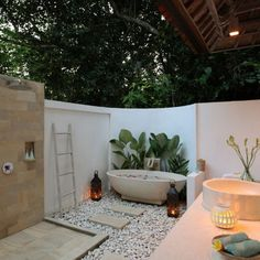 Shamballa Moon is a charming Balinese villa with stunning views of the Wos river in a jungle tropical setting. Shamballa Moon is in Ubud, Bali. Balinese Bathroom, Balinese Villa, Garden Bathroom, Open Bathroom, Downstairs Bathroom, Bathroom Ideas, Outdoor Baths, Outdoor Bathrooms, Balinesisches Bad