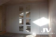 Mirrored Wardrobe, Wardrobe Doors, Built In Wardrobe, Bedroom Cupboard Designs, Bedroom Cupboards, 4 Panel Doors, Wardrobe Interior Design, Interior Design Pictures, Shaker Doors