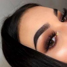 In 5 steps to the perfect Smokey Eye Makeup - augen make up - Beauty Makeup Goals, Makeup Hacks, Makeup Trends, Makeup Inspo, Makeup Inspiration, Beauty Makeup, Hair Makeup, Makeup Ideas, Prom Eye Makeup