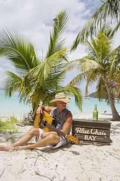 Kenny Chesney and Blue Chair Bay Rum Invite Fans to 'Take a Year Off' Country Music Artists, Country Singers, Kenny Chesney Videos, Kenney Chesney, No Shoes Nation, Bay Rum, Music Pics, Win A Trip, Love My Husband