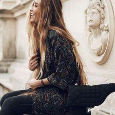 Back to basics 🔙💖 @natabaluc con kimono Tailor Clothing en negro 💫💫 www.tailorclothing.com India, Photo And Video, Boho, Cotton, Clothes, Collection, Instagram, Clothing Branding, Kimonos