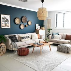 Grey Small Living Room Apartment Designs - Bohemian Home Living Room Home Living Room, Apartment Living, Interior Design Living Room, Living Room Designs, Living Room Decor, Kitchen Interior, Apartment Therapy, Living Room Wall Colors, Living Room Accent Wall