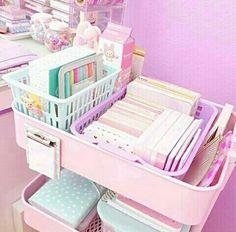 diane ♡'s diy & organisation ♡ images from the web Study Room Decor, Cute Room Decor, Bedroom Decor, Girl Bedroom Designs, Girls Bedroom, Craft Room Design, Pastel Room, Desk Inspiration, Kawaii Room