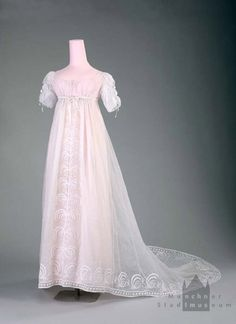 Dress ca. 1803-05 From the Munchner Stadtmuseum - Fripperies and Fobs