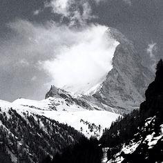 Matterhorn cloud by Arc'photographer @angepercy
